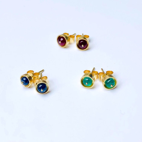 Walled Bead Studs