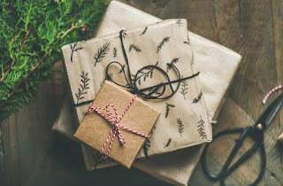 Be a secret santa in someone's LIFE.