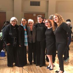 Kate Longo, Maria Guinand, Anaida Carquez, Alicia Romero-Sardiñas y Nimia Marquez