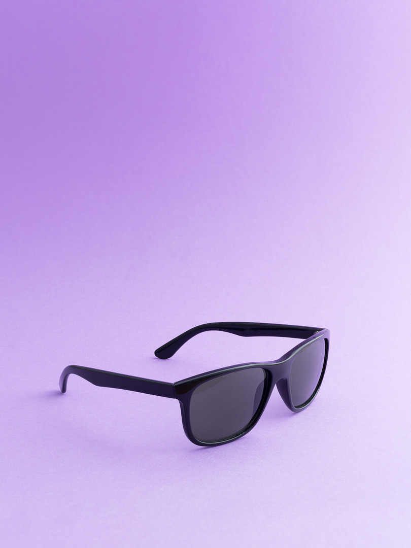 black-sunglasses-PRVXWME.jpg