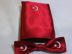 Red Moon & Star Bow Tie Set