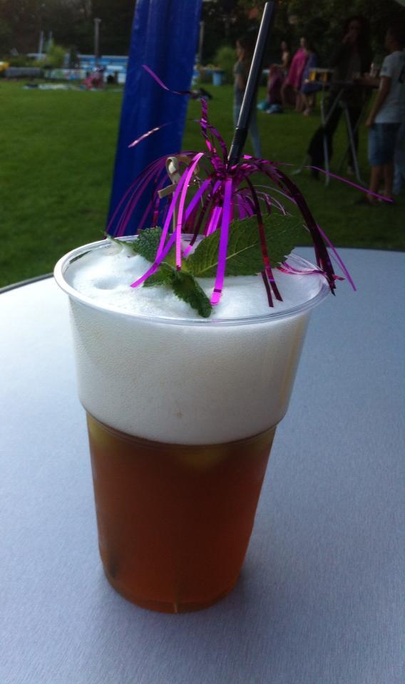 """Primeur biercocktail """"Tasty Tropist"""" gaat naar het Puzzelbad"""