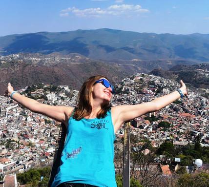 Al llegar disfrutarás de un recorrido guíado por el centro de Taxco.
