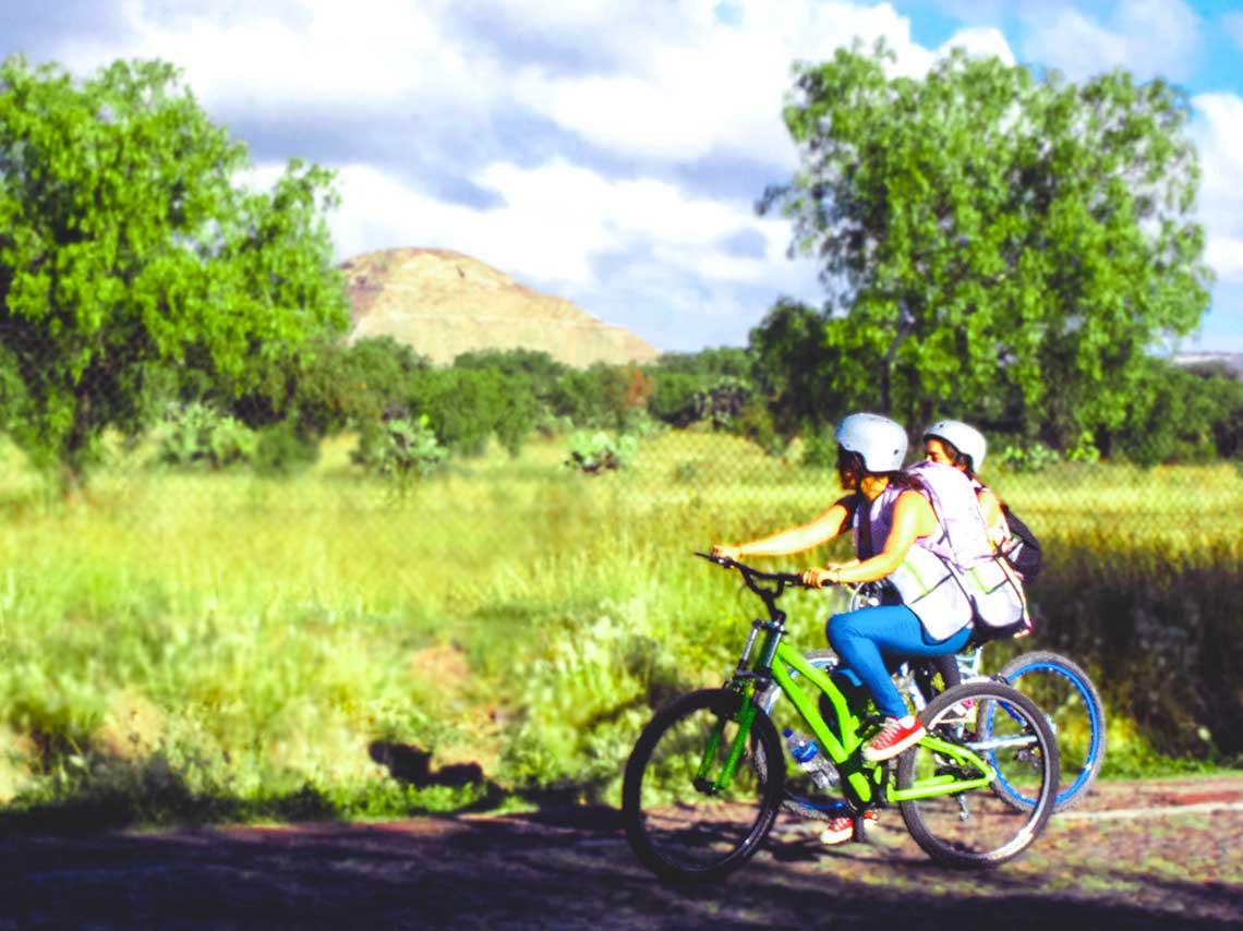 pedalea-en-bici-teotihuacan-9.jpg