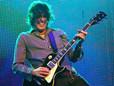 """Dean DeLeo: """"vá ouvir a música e ouça como ele respira"""", disse guitarrista do Stone Temple Pilots"""