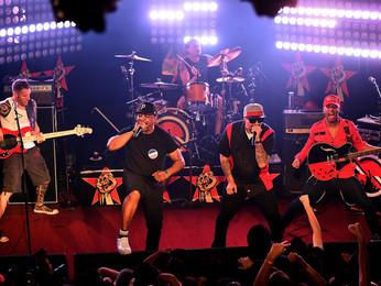 Prophets of Rage: 05 incríveis momentos do show no Brooklyn/New York.