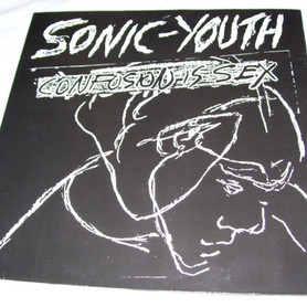 """Sonic Youth: resenha do álbum """"Confusion is Sex"""""""
