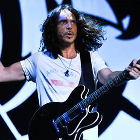 """Chris Cornell: """"relançamentos de álbum é o fim da indústria fonográfica""""."""