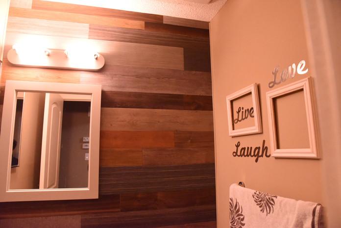 Bathroom DIY Barn board Style