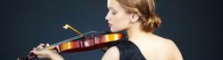 Female Violinist 2015-6-25-20:7:20