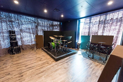 Tone Labs Music Studio B, drum room, drum setup, drums, drumming, kick, snare, hats, hi-hats, high hats, drum beats, rhythm, drum lessons, drumming lessons, markham drumming school, drumming studio, recording studio, markham music school