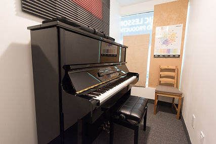 Tone Labs Music Piano Teaching Room, piano lessons, piano, piano teaches, piano instructor, piano music, music lessons, piano classes, music classes, chair, 88 keys, room, teaching, teacher, instrument, learning