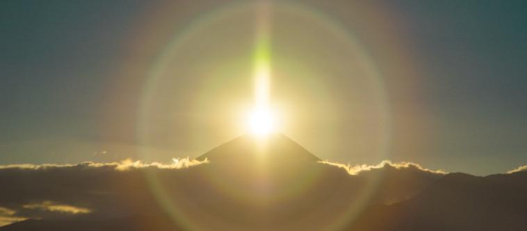 富士は晴れたり日本晴れカレンダー2020は4番目の月◎卯月となりますー☆⌒c