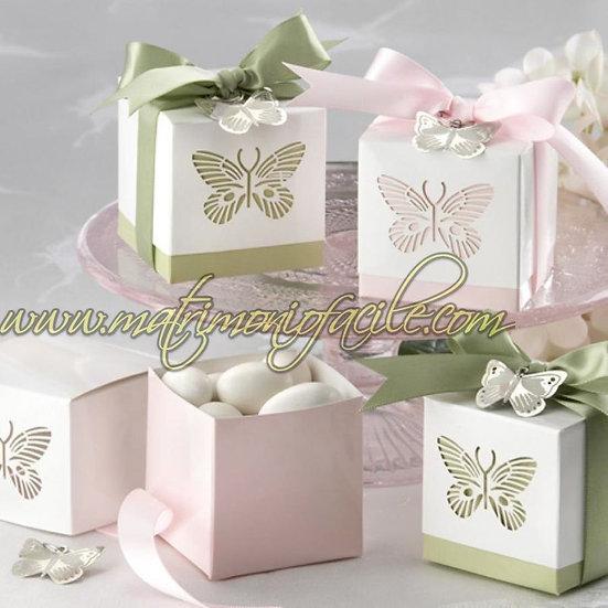 Farfalla rosa completo di nastro e applique