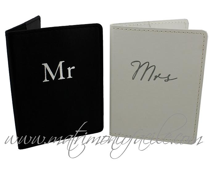 Mr & Mrs Porta-Passaporti