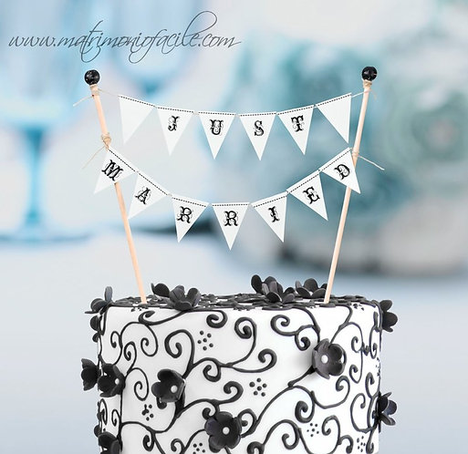 CAKE TOPPER  'JUST MARRIED'
