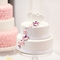 Simple Flower Wedding Cake
