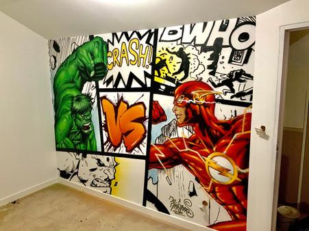 Hulk vs Flash