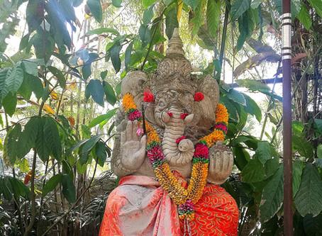 ガネーシャ गणेशgaṇeśa