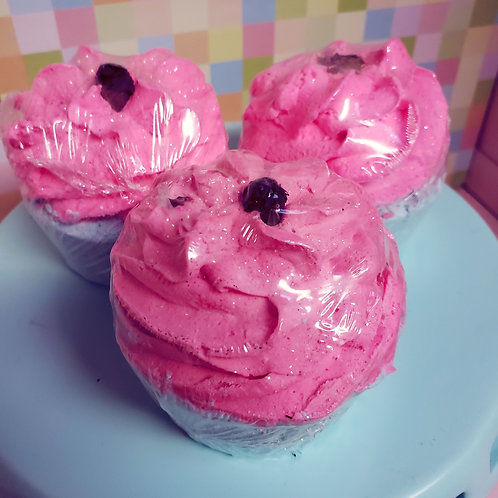 Madly in Love Cupcake Bomb