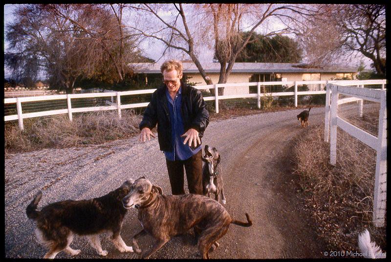ginger_w_dogs_001.jpg