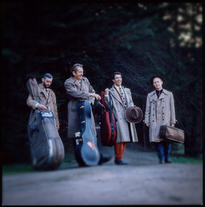 Dan Hicks & The Acoustic Warriors