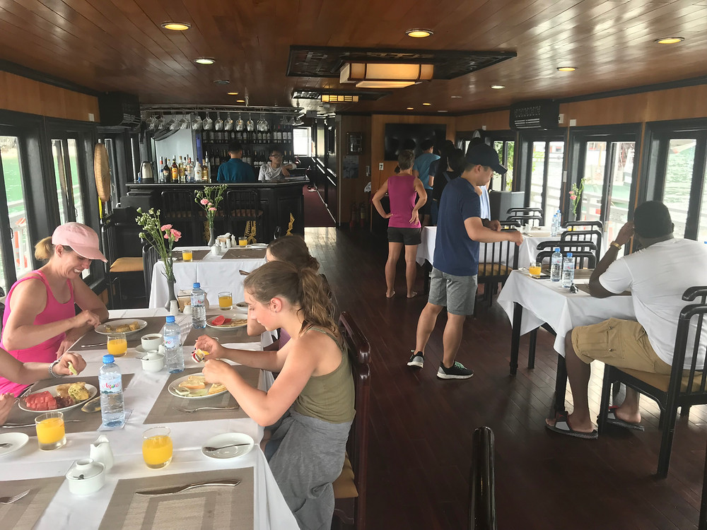 Dining Room Swan Cruise Halong Bay Vietnam