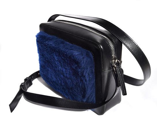 BLUE WOOL FUR SHOULDER BAG