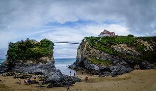 beach-1300823_1920.jpg