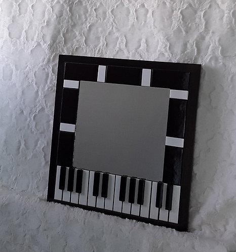 Piano mirror