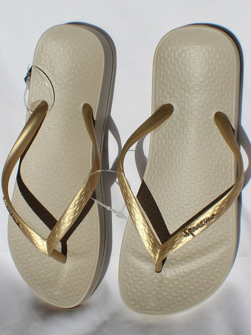 Ipanema Recycled Plastic Sandal