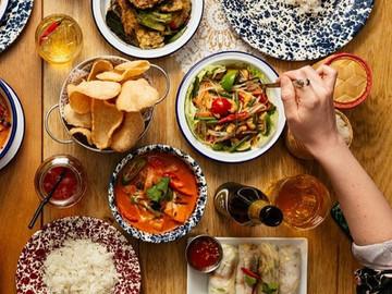 Ladies that Dine! Rosa's Thai Cafe -Soho