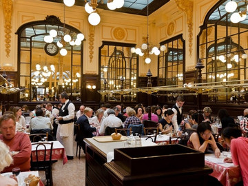 Ladies That Dine: Bouillon Chartier, Paris