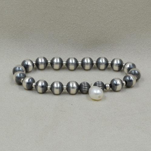 8mm Pearl Medium Stretch Bracelet by Shoofly 505