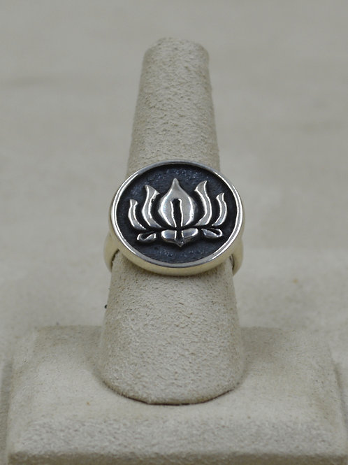 Sterling Silver Round Lotus 8x Ring by Roulette 18