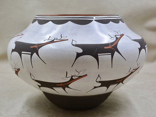 Brown on White Deer Pot by Anderson Peynetsa