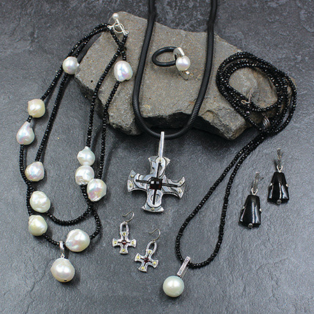 Holiday Jewelry Trunk Show with Reba Engel  Dec 15th