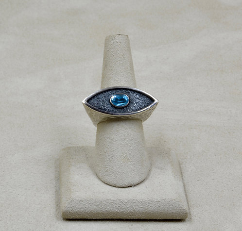 Blue Topaz & Sterling Silver Eye 7x Ring by Roulette 18