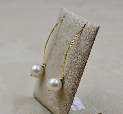 18k Yellow Gold Round White Freshwater Pearl Earrings by Reba Engel
