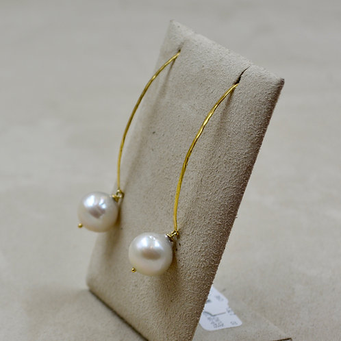 18k Yellow Gold Round White Freshwater Pearl Earrings by Reba Engel