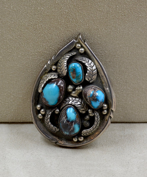 Navajo Pendant by Dee Morris