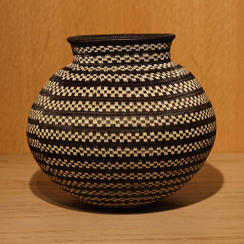 Black and White Checker Wounaan Basket