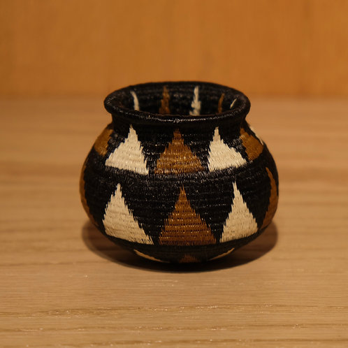 Brown Black and White Triangles Wounaan Basket