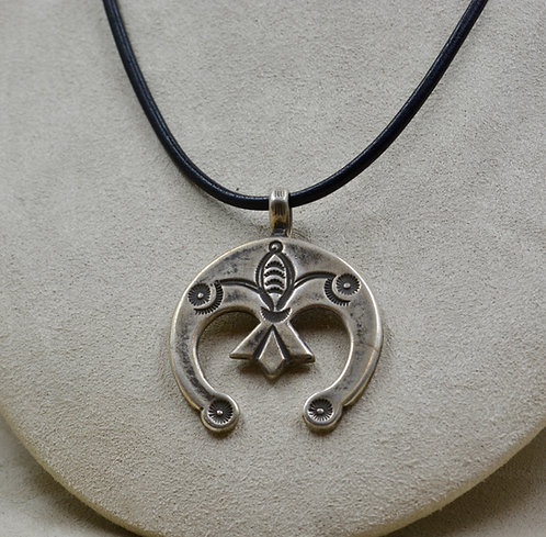 All Sterling Silver Ingot Naja w/ Stamped Design Pendant by Buffalo