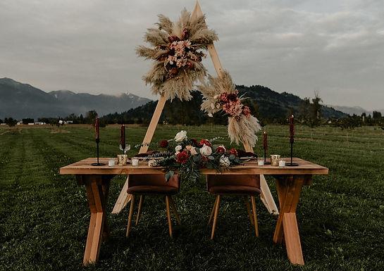 Harvest Table - 6'