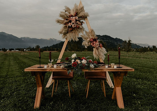Harvest Table - 6'