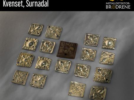 Belteplater av forgylt sølv fra Kvenset, Surnadal
