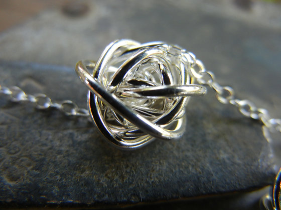 Silver Love Knot Necklace- NG2001