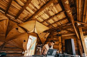 Groove Floor