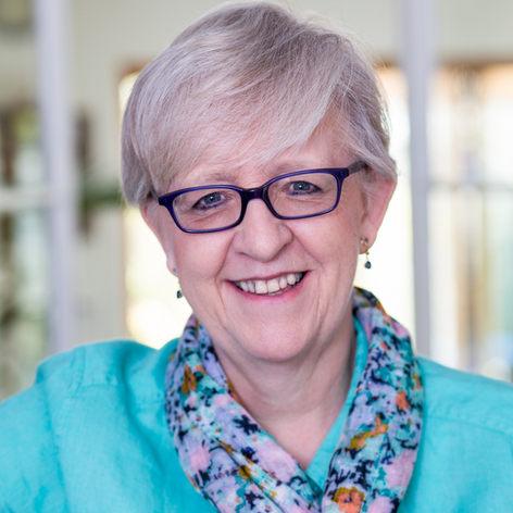 Lesley Pyne